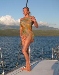16. Голая Анастасия Волочкова на горячих фото с отдыха на Мальдивах