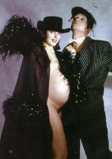 3. Фото голой Марии Порошиной во время беременности