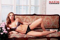 Обнаженная Ингрид Олеринская на фото из «Максим»