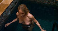 2. Полностью голая Хелен Хант в кино