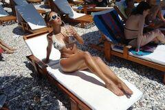 Ольга Дибцева в купальнике (ножки)