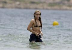 Горячие фото певицы Шакиры в купальнике