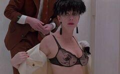 Полностью голая Хелен Миррен в откровенных сценах из кино