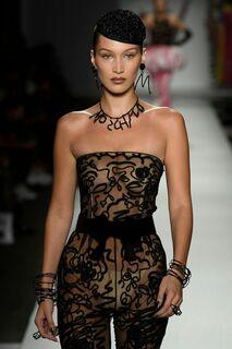 Засветы топ-модели Беллы Хадид
