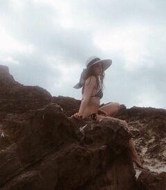 22. Анастасия Чистякова на фото в купальнике