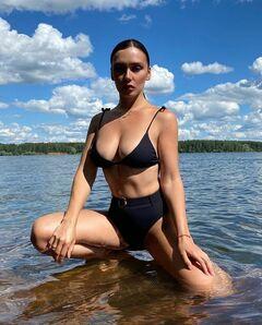 Ольга Серябкина в купальнике на фото из Инстаграм