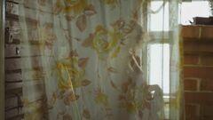 Голая грудь Флоринской из «Бабий бунт, или Война в Новоселково» (2015)